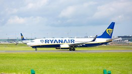 Ryanair offers aircraft for medical flights