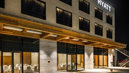 Hyatt halves loyalty programme elite-status qualifications