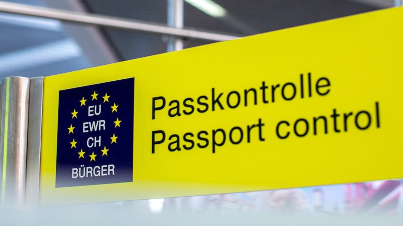 EU passport control